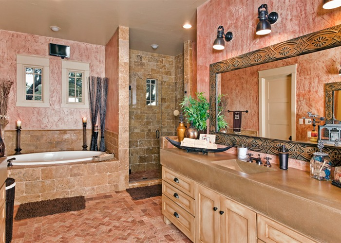 Ranch Foreman's House master bath