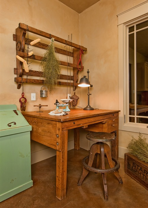 Ranch Foreman's House desk