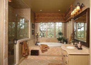 Anaqua Springs Ranch Interior: Master Bath | Spanish Style Homes by Todd Glowka Builder, Inc.