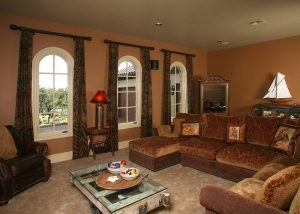Anaqua Springs Ranch Interior: Living Area | Spanish Style Homes by Todd Glowka Builder, Inc.