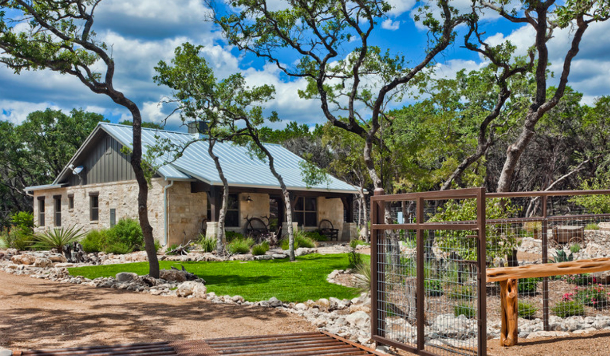 Bunkhouse at Branded T Ranch by Texas Hill Country Home Builders Todd Glowka Builder, Inc.