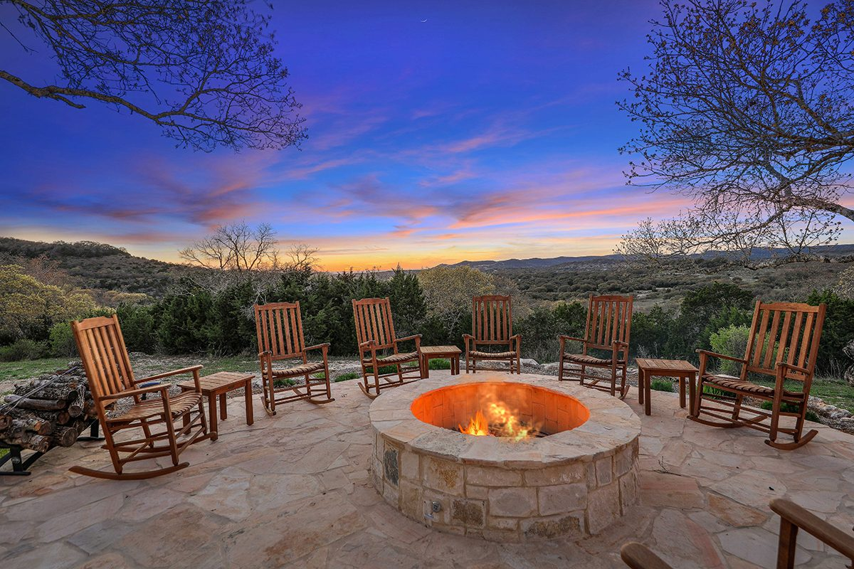 hill country custom home by Todd Glowka Builder, Inc - fire pit