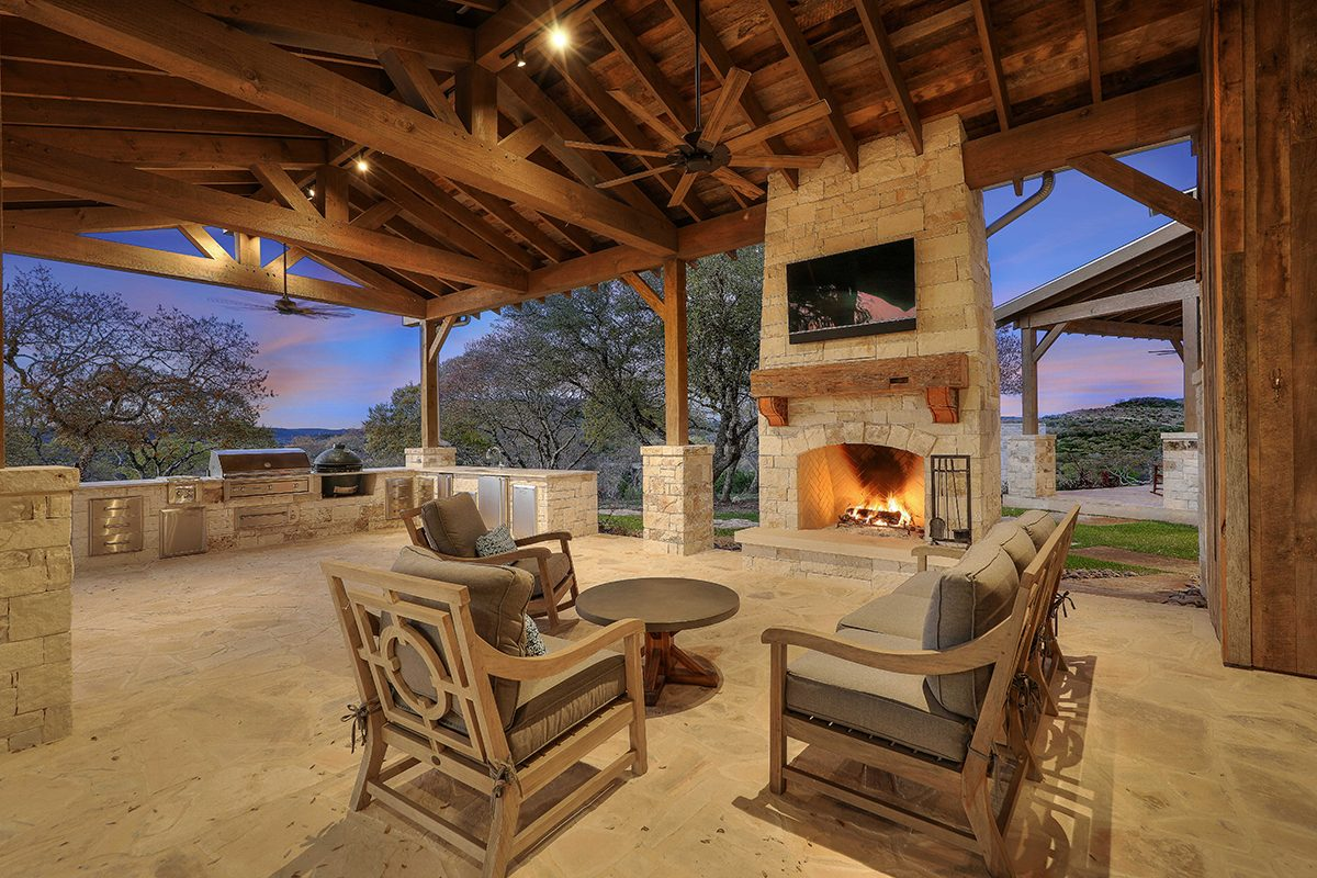 hill country custom home by Todd Glowka Builder, Inc - outdoor living