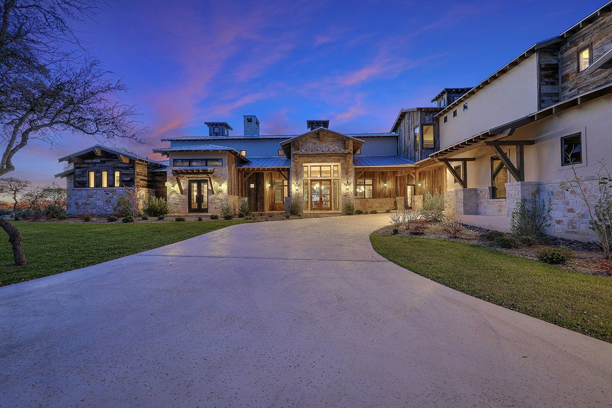 hill country custom home by Todd Glowka Builder, Inc - front