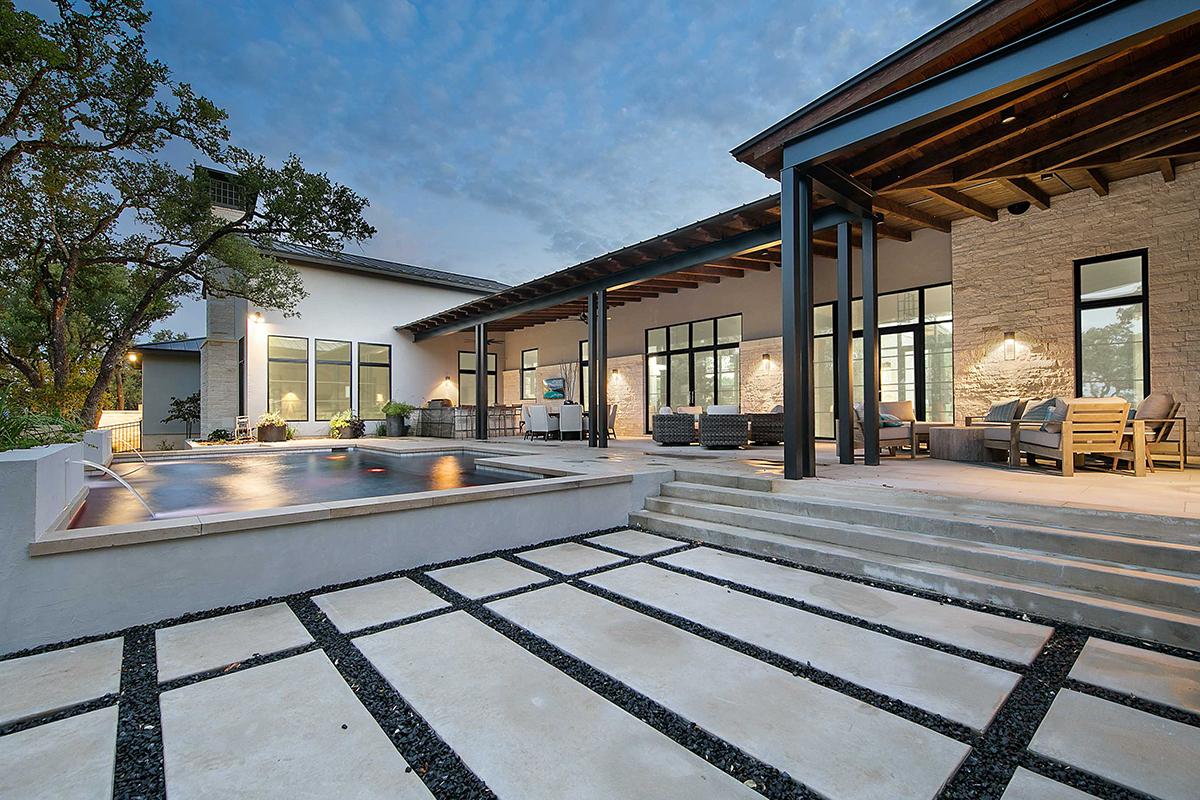 013_custom_luxury_home